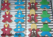 avengers cookies.